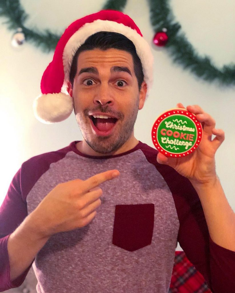 Christmas Cookie Challenge Judges.Got Milk Local Baker Wins Food Network S Christmas Cookie