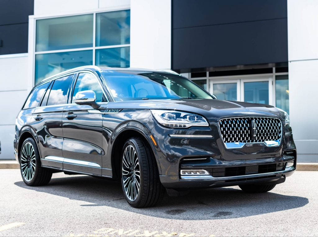 olathe lincoln unveils the new 2020 lincoln aviator to