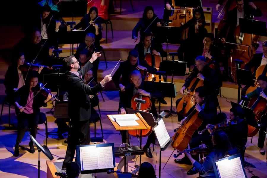 Jason Seber conducting 2